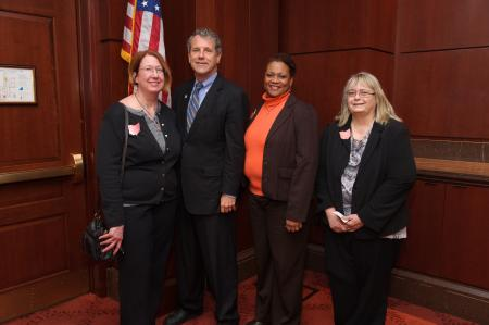 Sen. Brown Meets With South Euclid and Fairview Park PTA Leaders in Washington