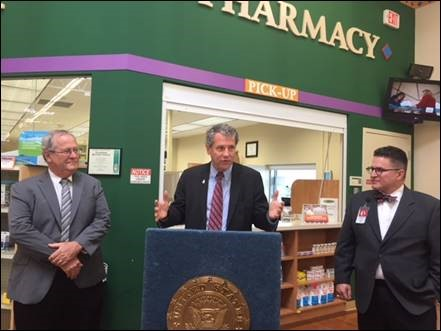 Brown, Northeast Ohio Pharmacist Applaud Senate Passage of Bipartisan Bill to Help Customers Save Money at Pharmacy Counter