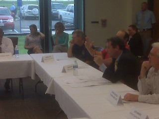 Sen. Brown at the Veterans Roundtable in Chillicothe