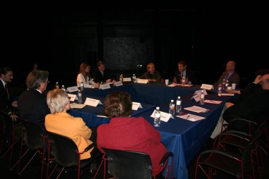 Senator Brown holds a roundtable discussion at the Cleveland Public Theatre