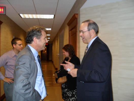 Sen. Brown visits U of Dayton class taught by former Gov. Bob Taft