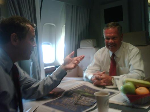 Sen. Brown on Air Force One prior to visiting the Lordstown GM plant with President Obama