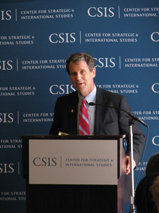 Senator Brown speaks at a meeting of the Center for Strategic and International Studies (CSIS) HIV/AIDS Task Force
