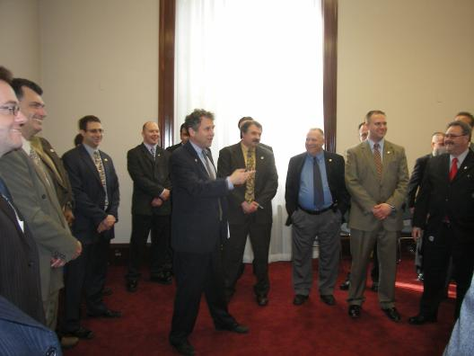 Senator Brown meets with over 40 fire fighters from around Ohio