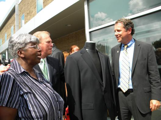Sen. Brown, Governor Strickland Mark Re-Opening of Hugo Boss by Celebrating
