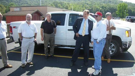 Sen. Brown Visits Clean Energy Jobs Training Site in Lucasville