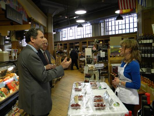 Sen. Brown Visits Constantino's to Announce 50 New Jobs Expected Thanks to Expansion