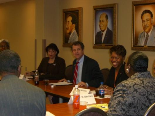 Senator Brown holds an Akron Urban League Roundtable