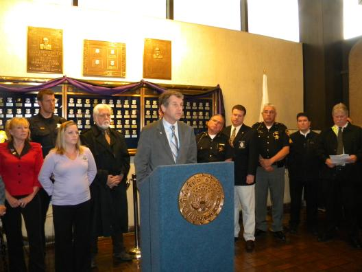 Sen. Brown Introduces the Blue Alert Bill