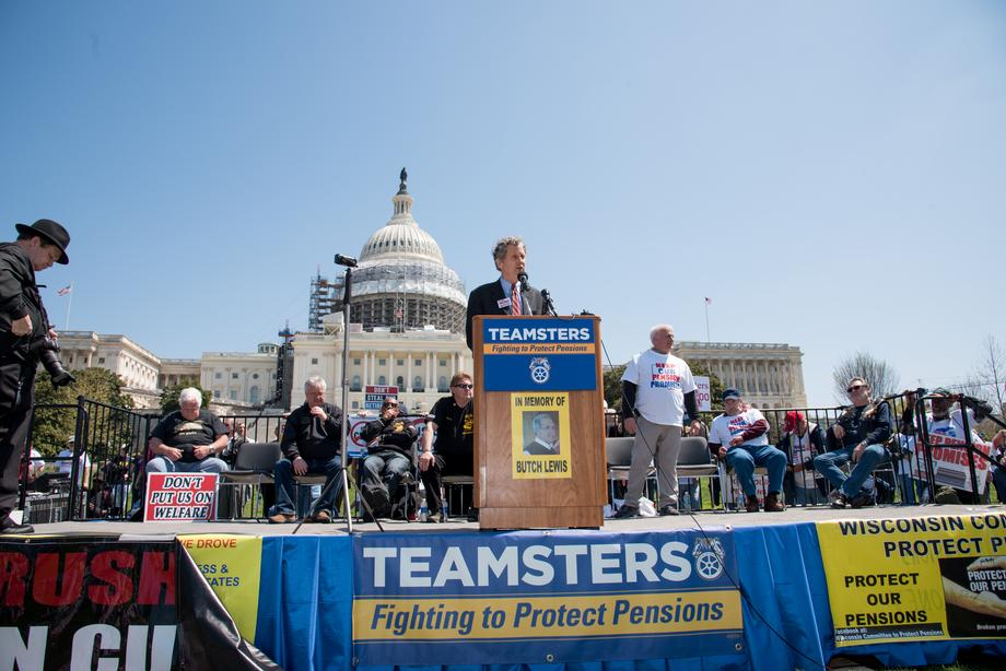 Teamsters Rally to Protect Pensions