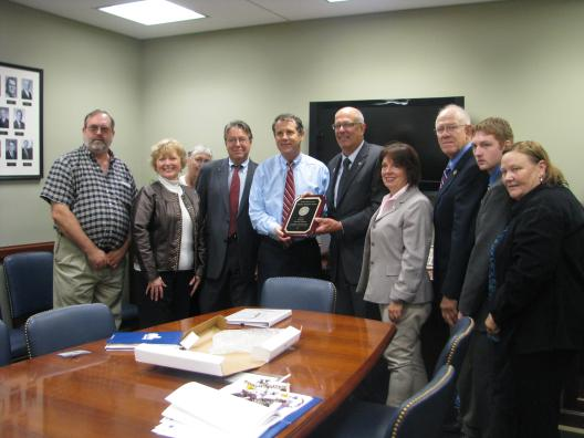 Sen. Brown meets with reps from the Ohio Farmers Union
