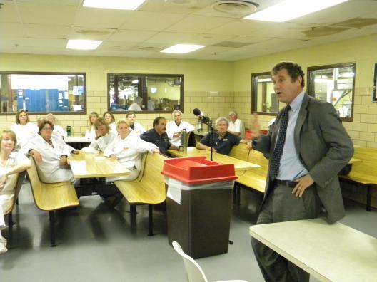 Sen. Brown Visits Spangler Candy in Bryan