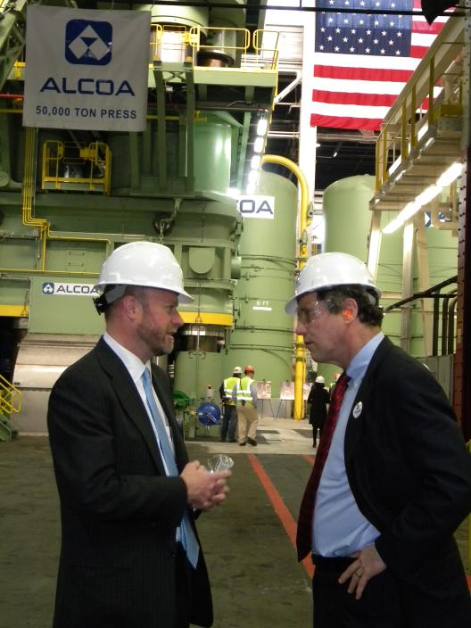 Sen. Brown's visit to Alcoa in Cleveland